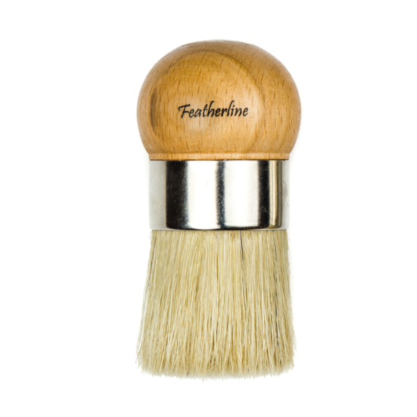 Featherline ball brush